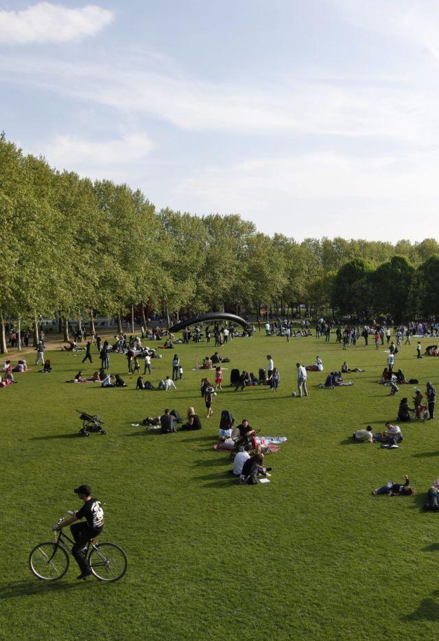 Prairie du Cercle au Parc de La Villette